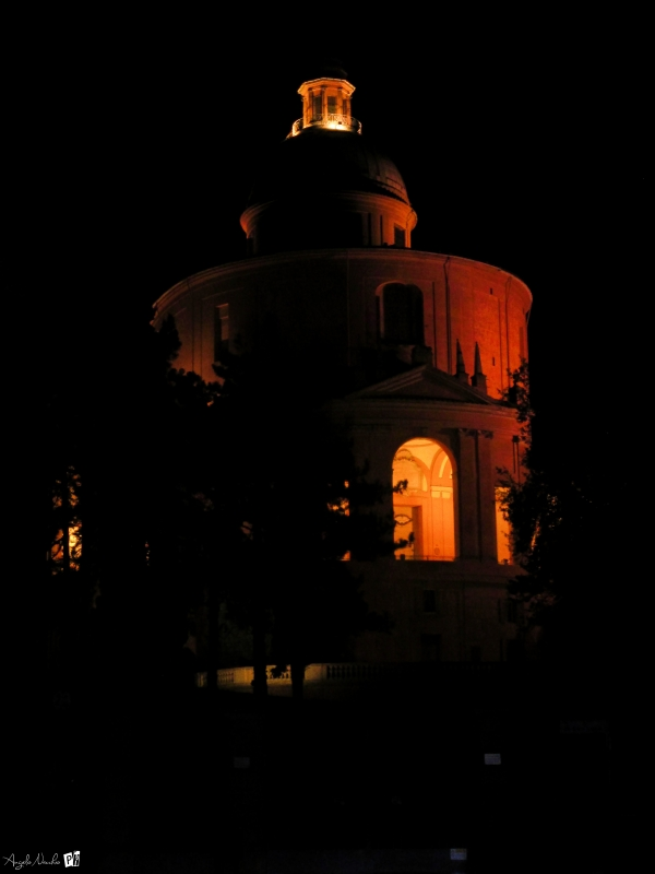 La prima volta (di sera) alla chiesa di San Luca - Angelo nacchio - Bologna (BO)