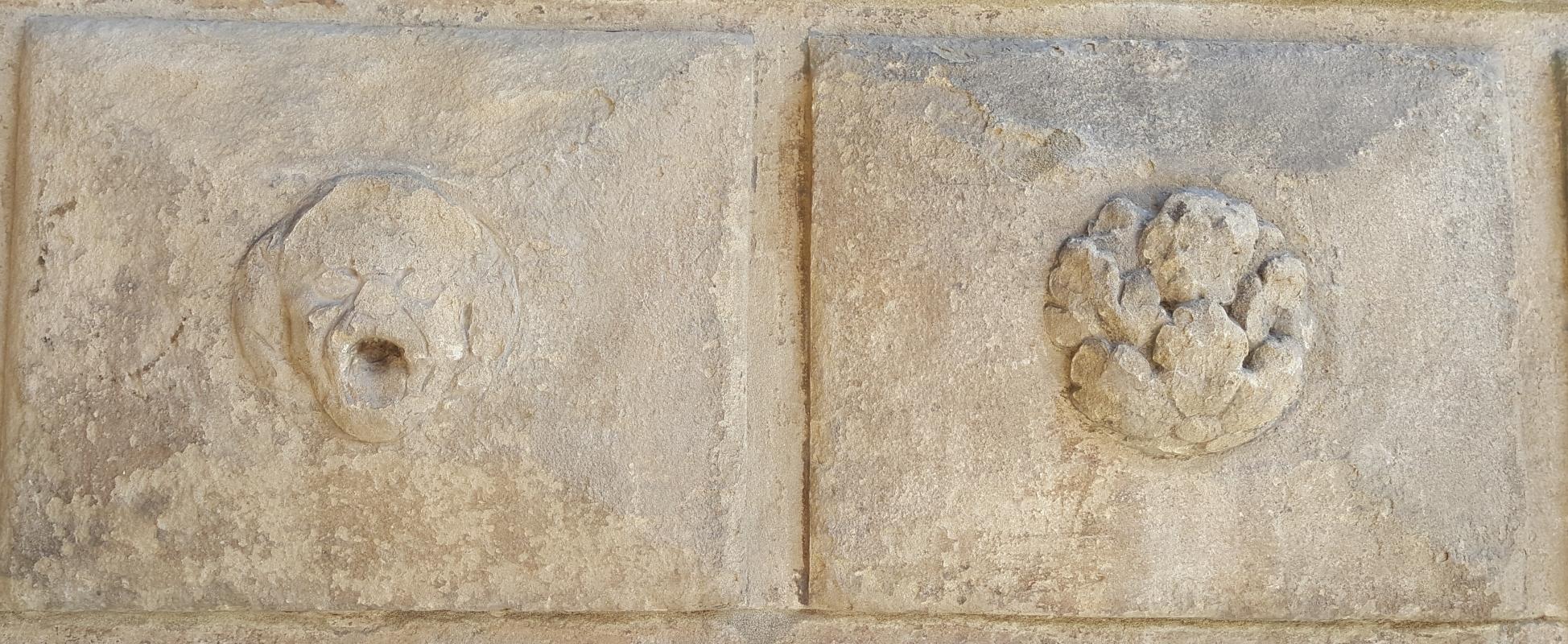 Bologna. Formelle del Portico del Podestà.2 - Raffacossa - Bologna (BO)