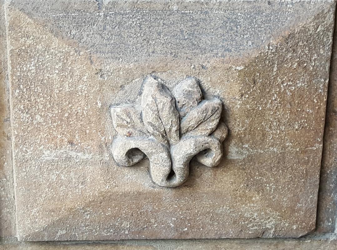 Bologna. Formelle del Portico del Podestà.15 - Raffacossa - Bologna (BO)