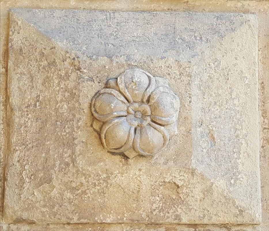 Bologna. Formelle del Portico del Podestà.13 - Raffacossa - Bologna (BO)