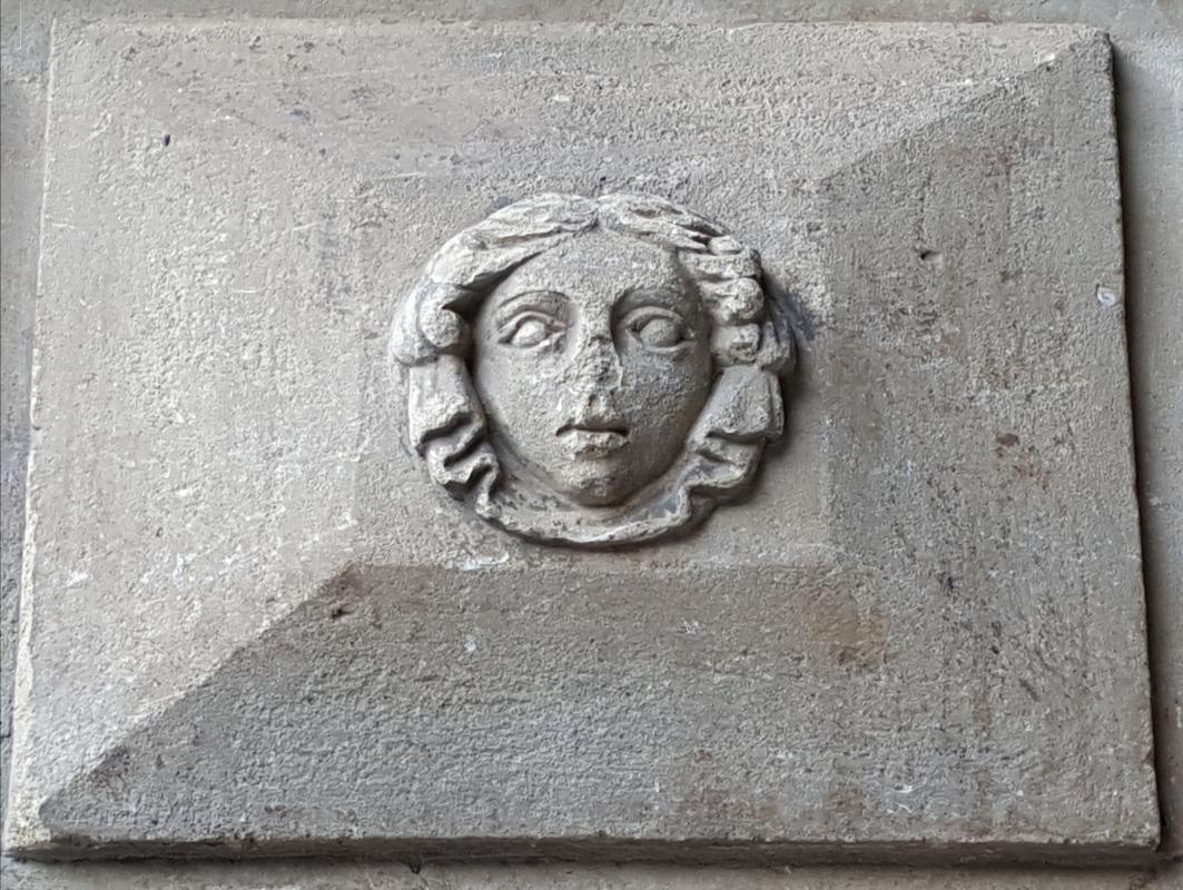 Bologna. Formelle del Portico del Podestà.11 - Raffacossa - Bologna (BO)