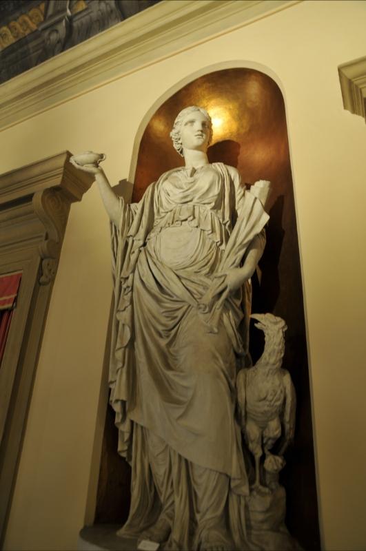 BO - Palzzo del Comune - Nicchia con Statua Ornamentale a Soggetto Mitologico-Allegorico 01 - ElaBart - Bologna (BO)
