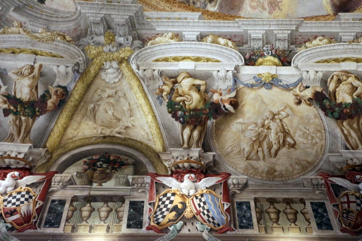 Domenico Maria Canuti, salone di palazzo pepoli campogrande con apoteosi di ercole, quadrature del mengazzino, xvii sec. 27 - Sailko - Bologna (BO)
