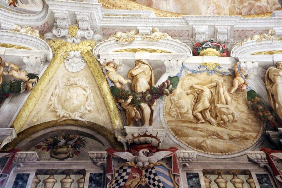 Domenico Maria Canuti, salone di palazzo pepoli campogrande con apoteosi di ercole, quadrature del mengazzino, xvii sec. 23,1 - Sailko - Bologna (BO)