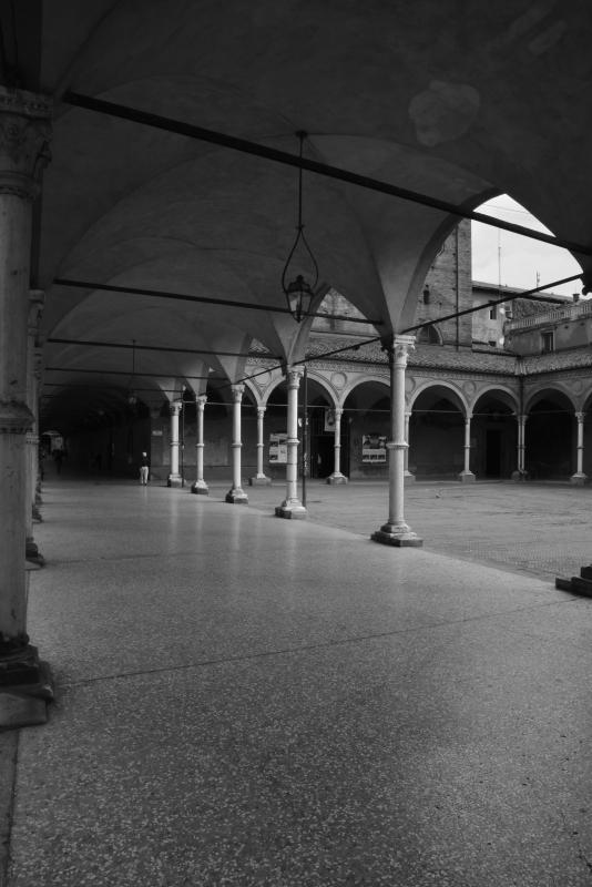 Portico bianco nero - Stefanophotart - Bologna (BO)