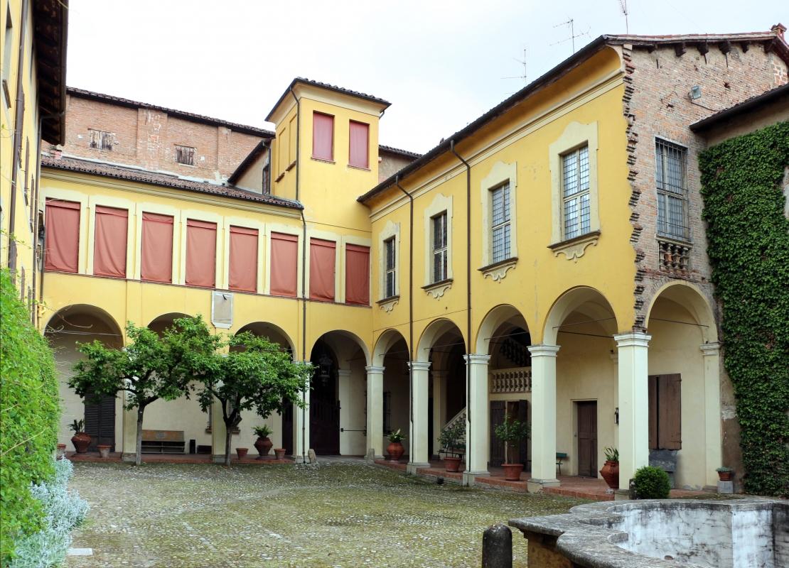 Imola, palazzo tozzoni, esterno, cortile 02 - Sailko - Imola (BO)