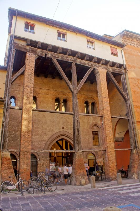 Bologna, Casa Isolani - Alessandro Siani - Bologna (BO)