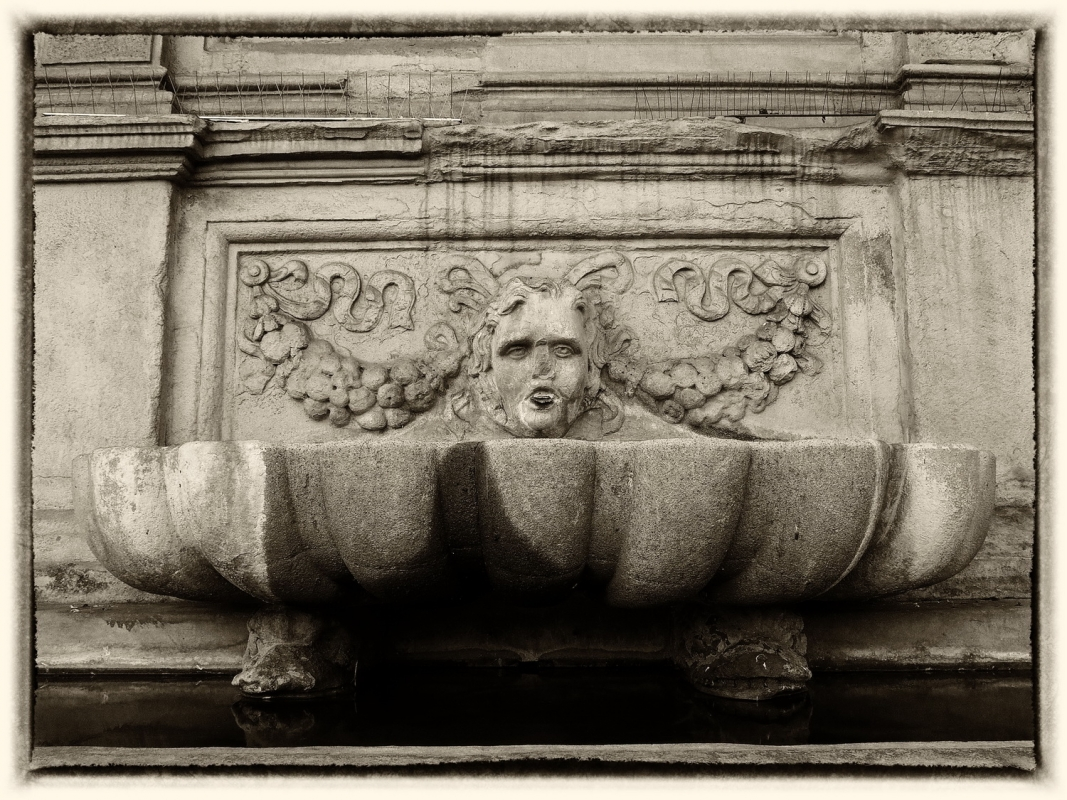 Bologna fontana vecchia - Bolorsi - Bologna (BO)