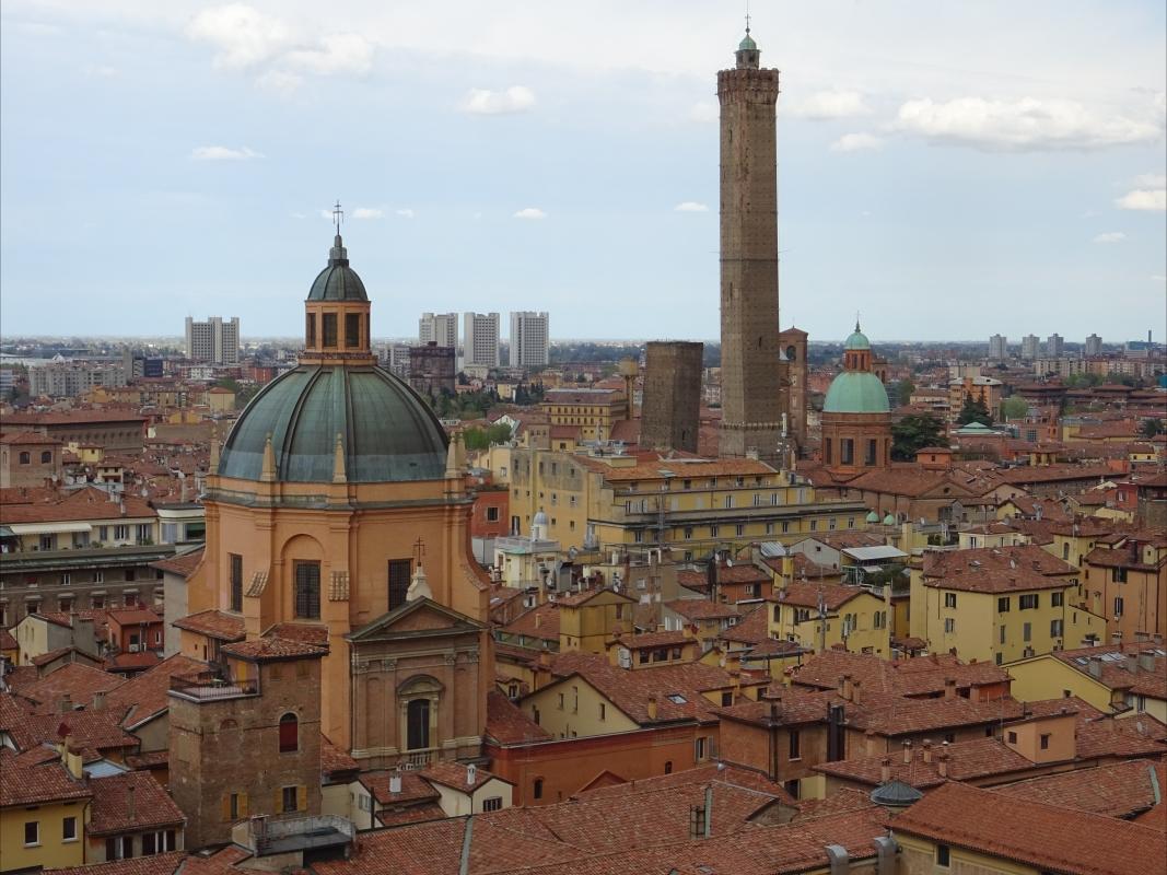SCORCI DI BOLOGNA da san petronio - Clodette662000 - Bologna (BO)