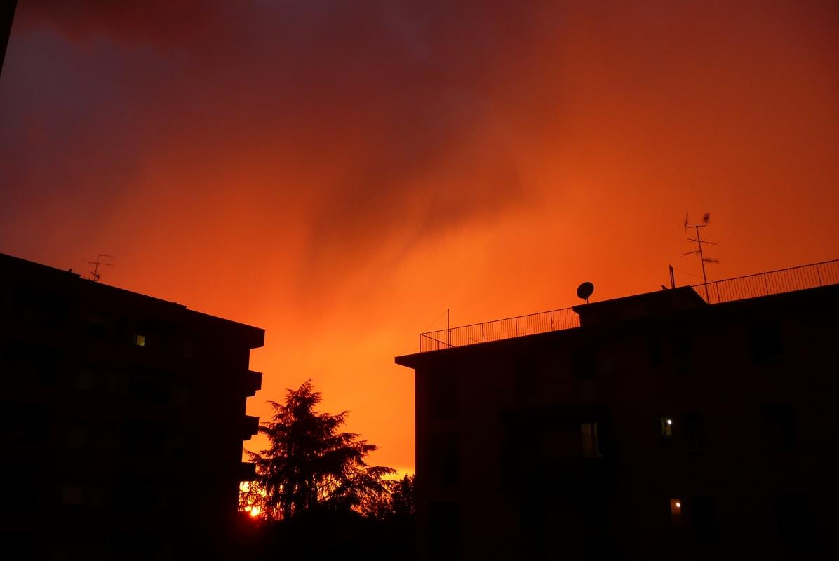 Cielo infuocato del tramonto - Ste Bo77 - Bologna (BO)