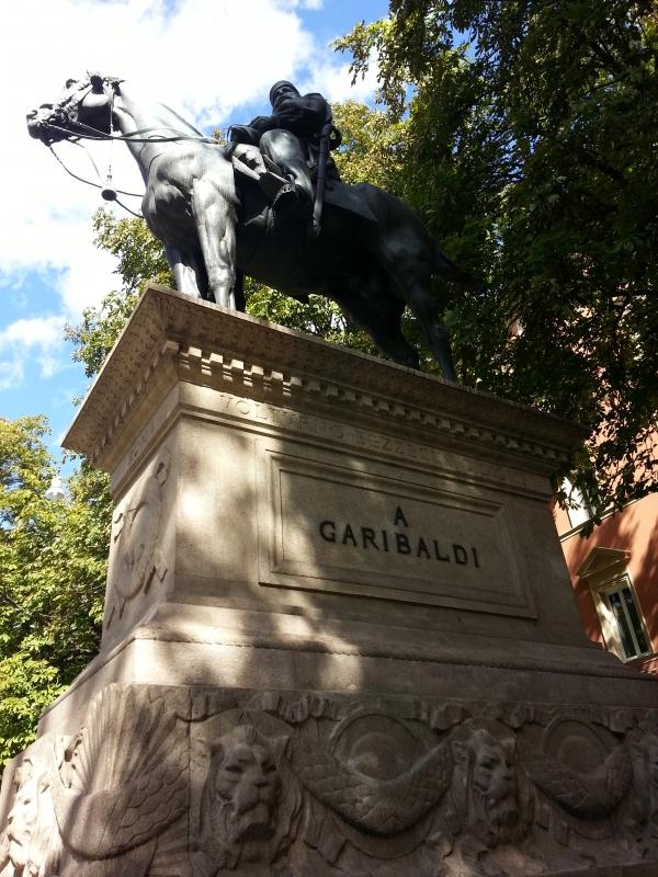 Monumento equestre a Giuseppe Garibaldi 1 - BiblioAgorà - Bologna (BO)