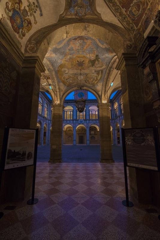 Archiginnasio al crepuscolo Bologna - Wwikiwalter - Bologna (BO)