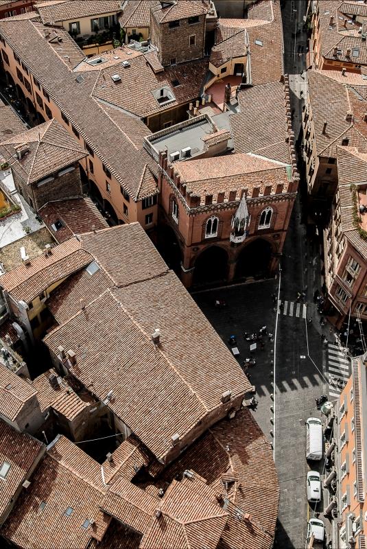 Piazza della Mercanzia Bologna - Davide Colagiacomo - Bologna (BO)