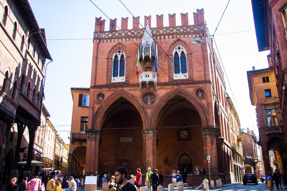 Palazzo della Mercanzia a Bologna - Napster81 - Bologna (BO)
