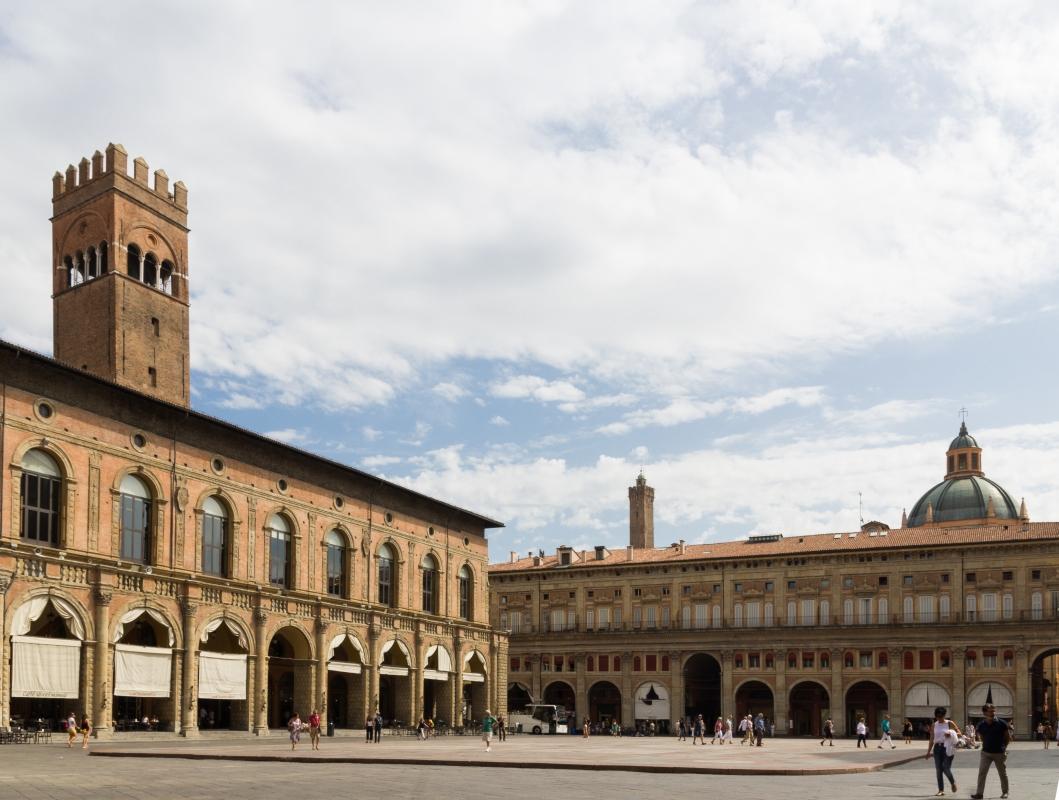 Piazza maggiore - Elisabetta Bignami - Bologna (BO)