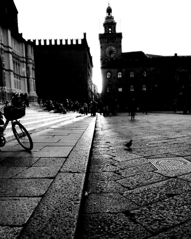 Piazza Maggiore al tramonto - Michela.P. - Bologna (BO)