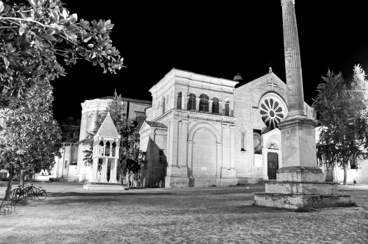 Bologna, Piazza S.Domenico - Alessandro Siani - Bologna (BO)