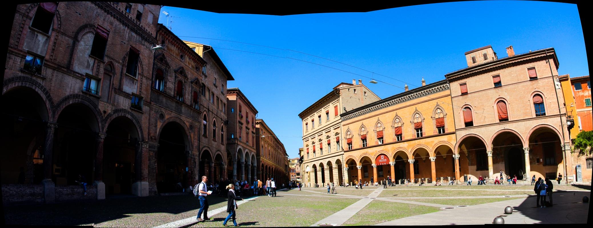 """Piazza Santo Stefano o""""Piazza delle Sette Chiese - Napster81 - Bologna (BO)"""