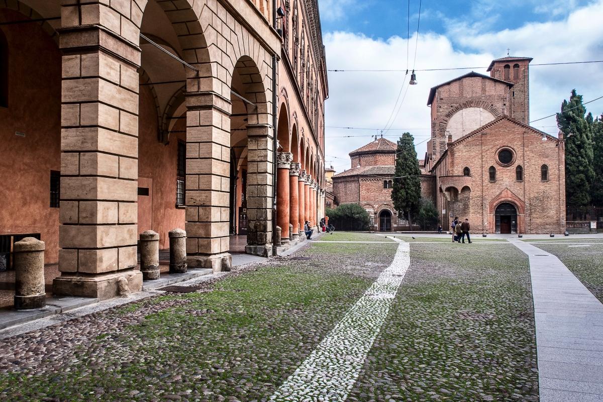 Piazza Santo Stefano * Bologna - Vanni Lazzari - Bologna (BO)