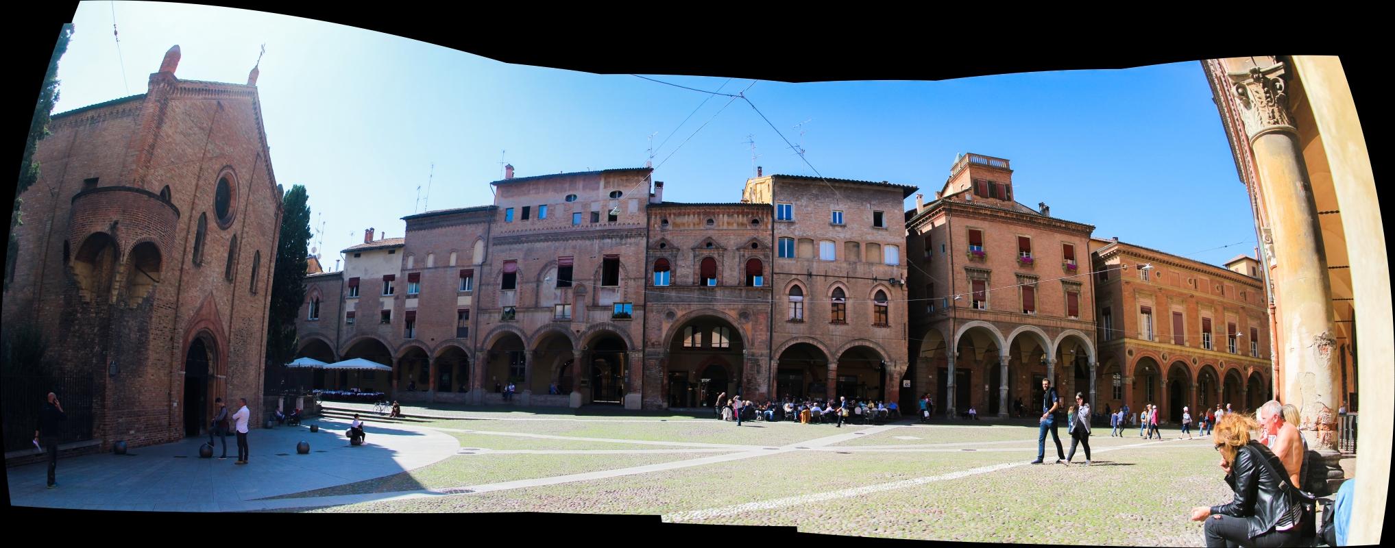 """Piazza Santo Stefano, detta anche """"Piazza delle Sette Chiese - Napster81 - Bologna (BO)"""