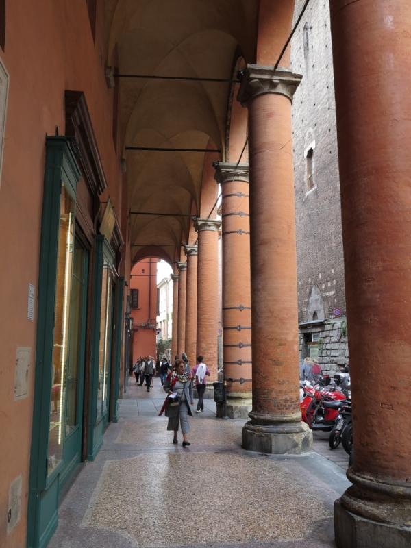 Bologna Portico Via Altabella 2 - GennaroBologna - Bologna (BO)