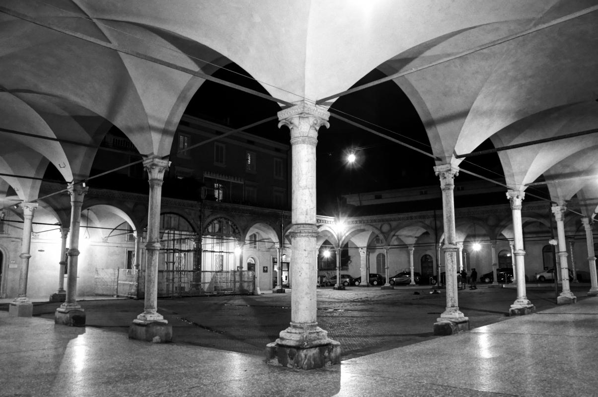 Bologna, Basilica di S.Maria dei Servi, notturna - Alessandro Siani - Bologna (BO)