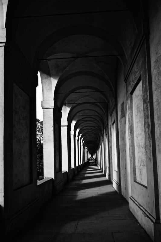 Portici di San Luca in biancoenero - Letizia Carabini - Bologna (BO)