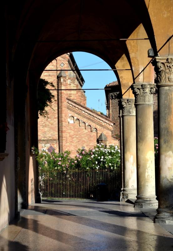 PORTICO SANTO STEFANO IN PIAZZA SANTO STEFANO - Anita1malina - Bologna (BO)