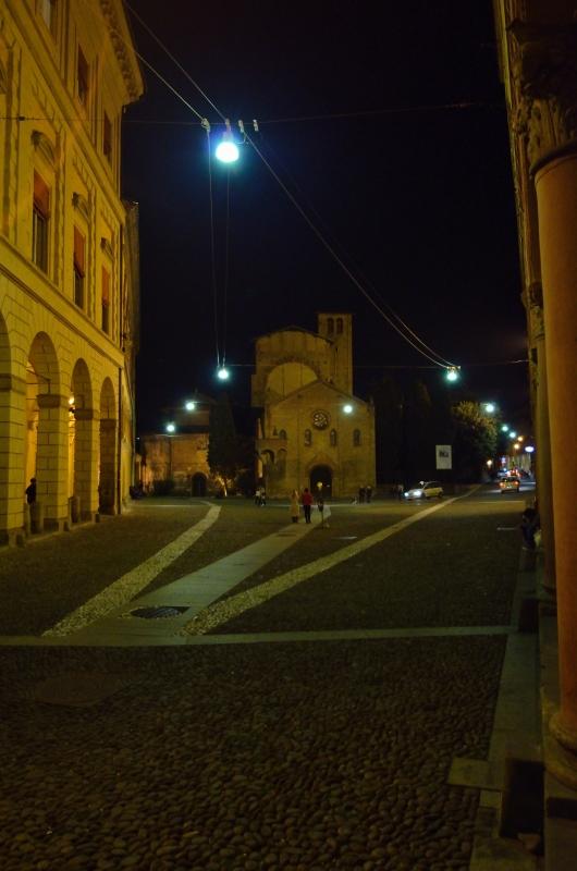 Piazza Santo Stefano, Bologna notturno - Wwikiwalter - Bologna (BO)