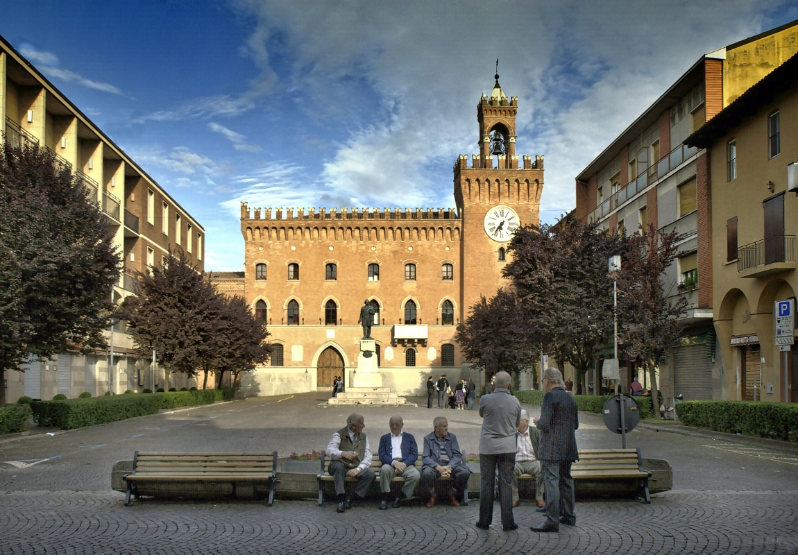 Piazza Filopanti, palazzo municipale - Pierluigi Mioli - Budrio (BO)