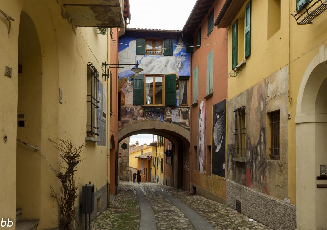Dozza borgo storico - Elisabetta Bignami - Dozza (BO)