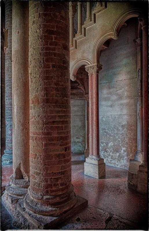 Bologna spettacolo - Interno 1 Basilica di Santo Stefano - Claudio alba - Bologna (BO)