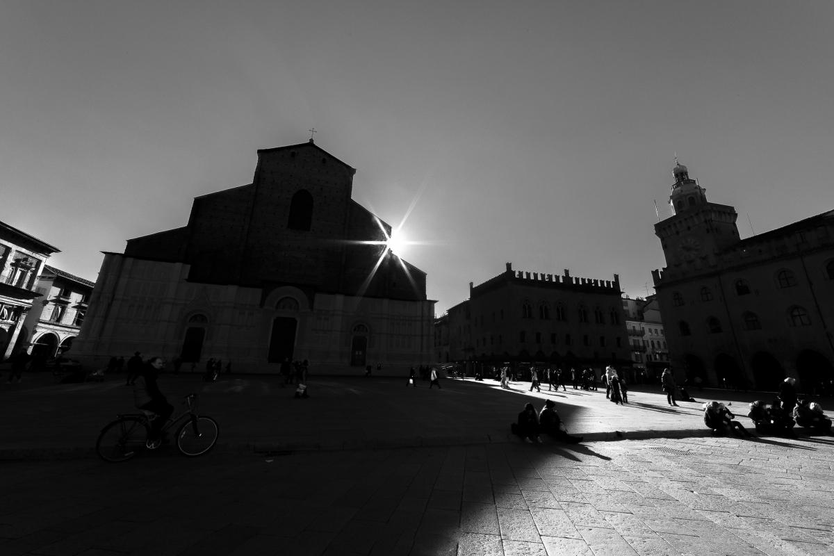 Giochi di ombre e di luci - Angelo nastri nacchio - Bologna (BO)