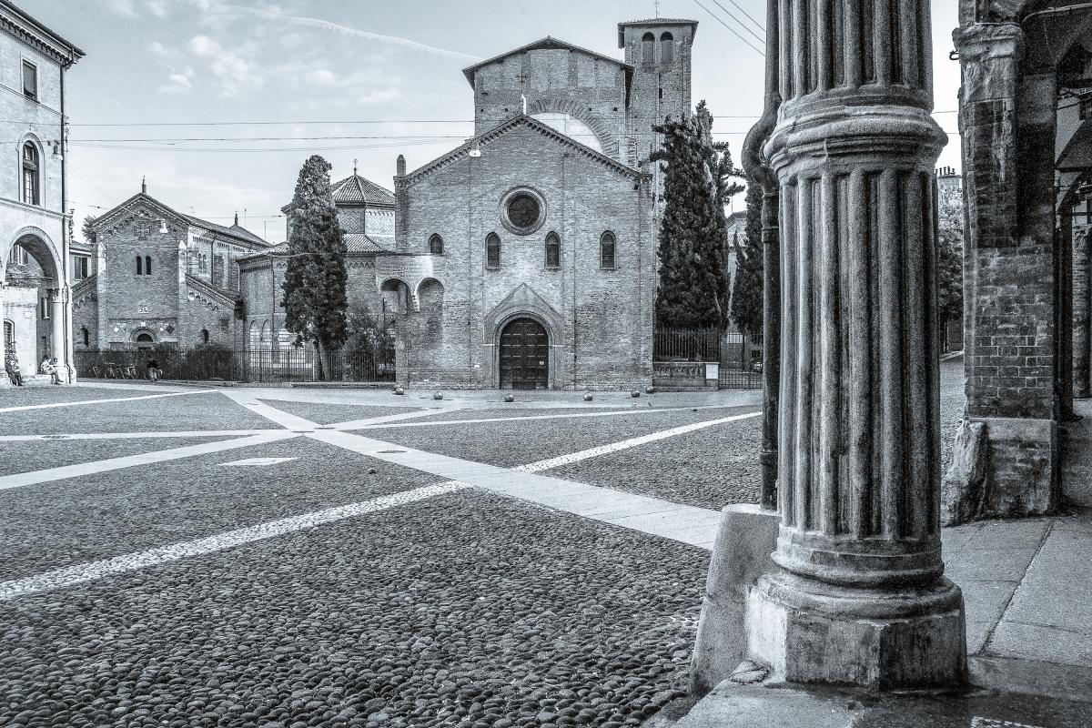 Piazza Santo Stefano - Sette Chiese - Vanni Lazzari - Bologna (BO)