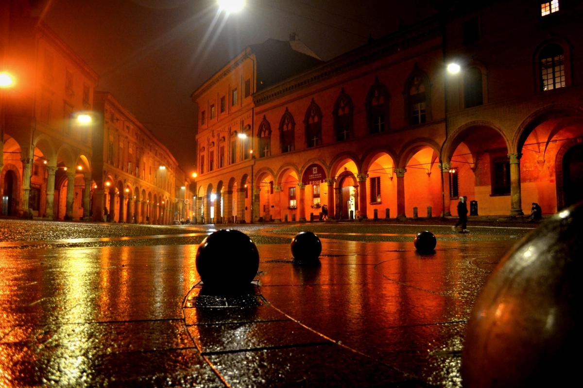 Piazza S.Stefano 3 - Anita.malina - Bologna (BO)