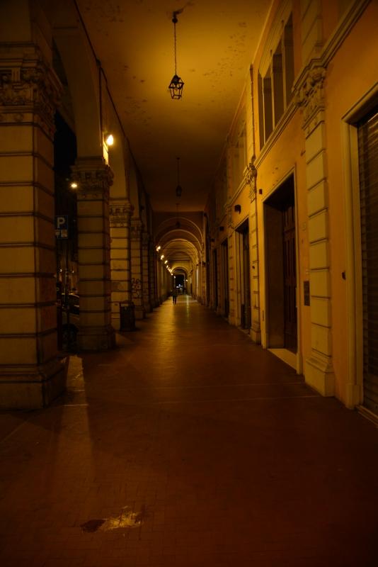 Bologna Portici di Piazza Maggiore di notte - FrancescoLama - Bologna (BO)