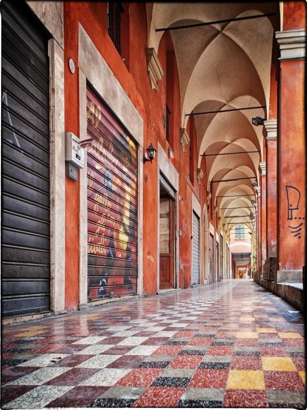 Bologna spettacolo Portico di via Solferino - Claudio alba - Bologna (BO)