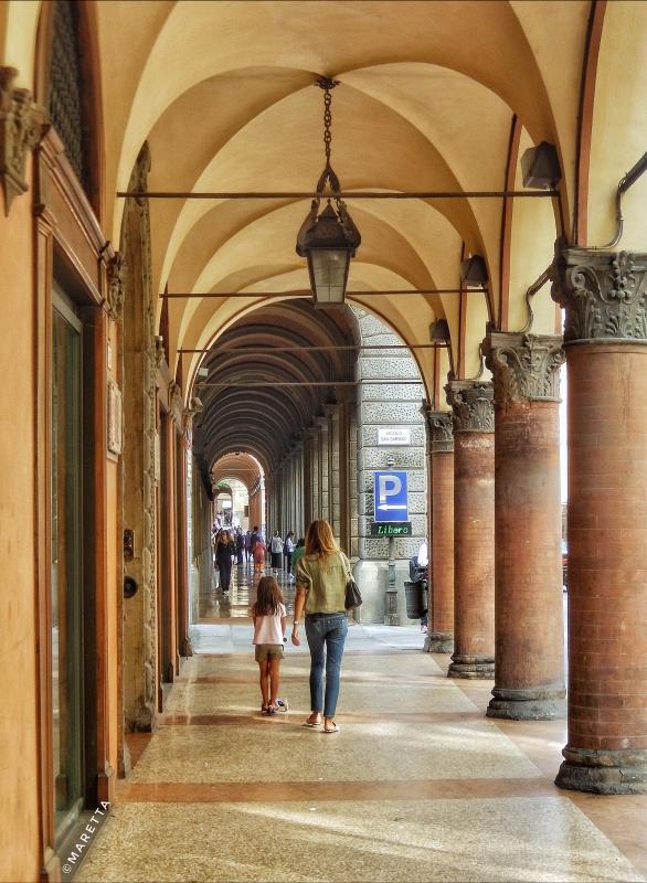 Bellissimo Portico di via Farini - Maraangelini - Bologna (BO)