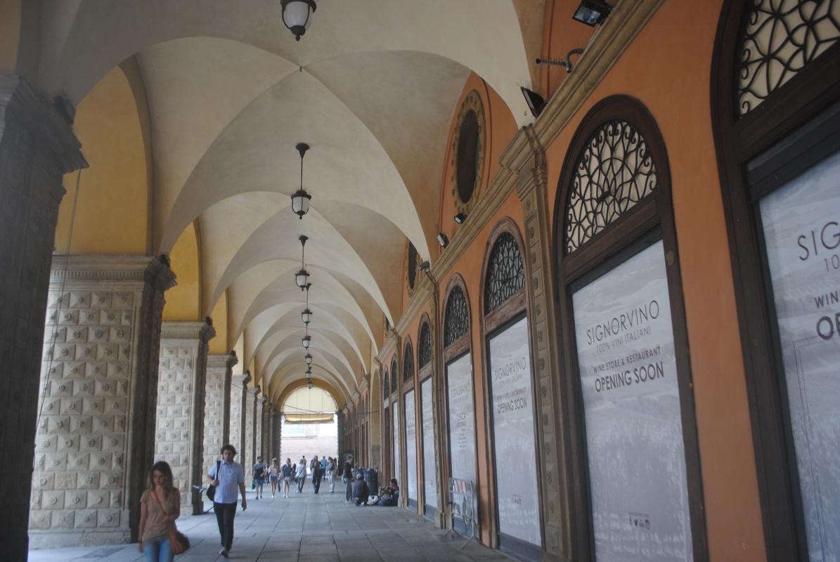 Portico del Pavaglione , o portici di Bologna - Girolamocannat - Bologna (BO)