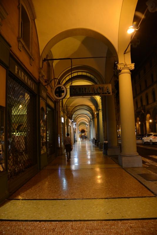 Bologna Portici del Pavaglione di notte - FrancescoLama - Bologna (BO)