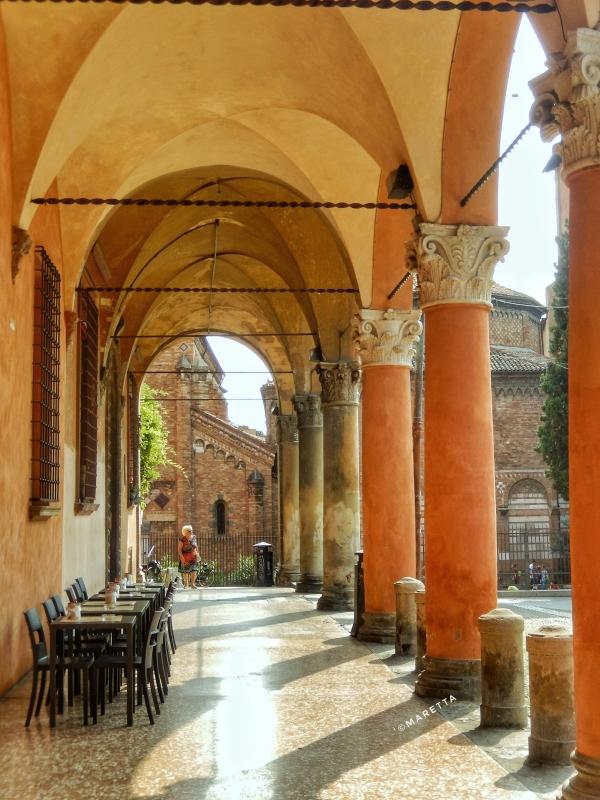 Portico di piazza Santo Stefano - Maraangelini - Bologna (BO)
