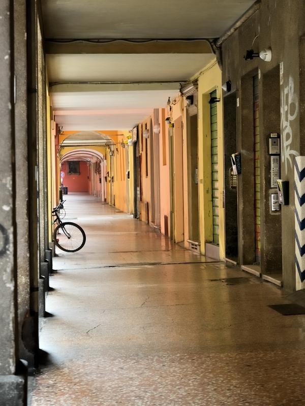 Via Mascarella - Lorenzo Gaudenzi - Bologna (BO)