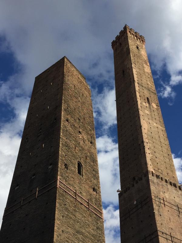 Bologna - Garisenda e Asinelli (le Due Torri) - Clo5919 - Bologna (BO)