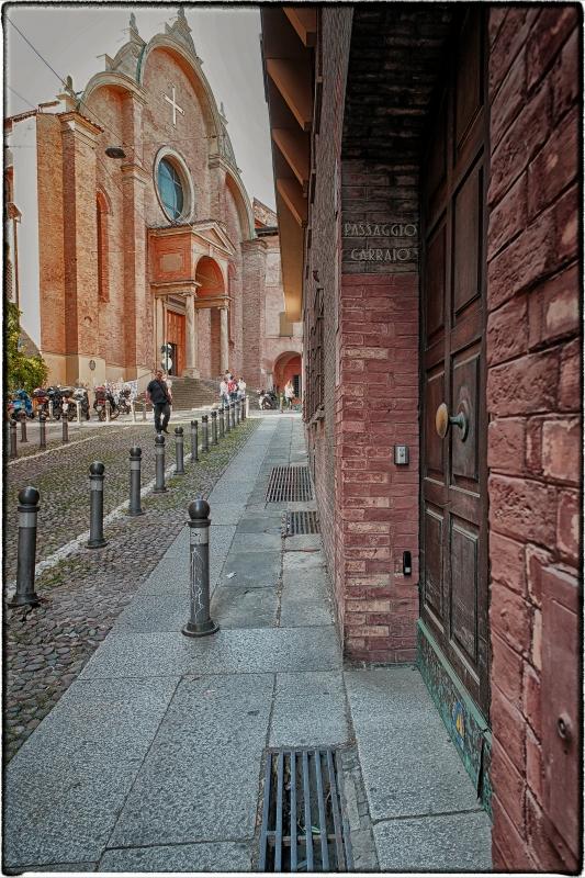Piazza San Giovanni in Monte - Claudio alba - Bologna (BO)