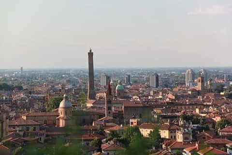 Una torre dall'alto - Marco Brosco - Bologna (BO)