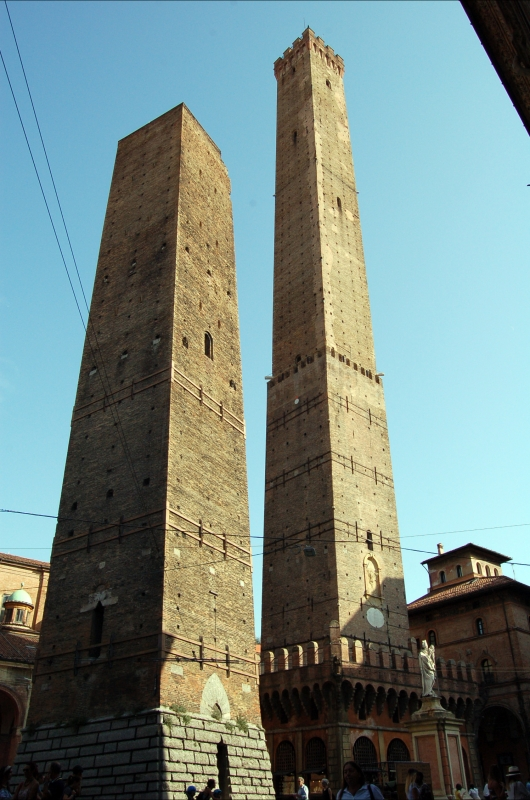 Torre Asinelli E Garisenda - Giacomo85 - Bologna (BO)