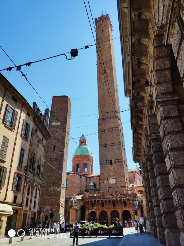 Le due Torri di Bologna - Zurl92 - Bologna (BO)