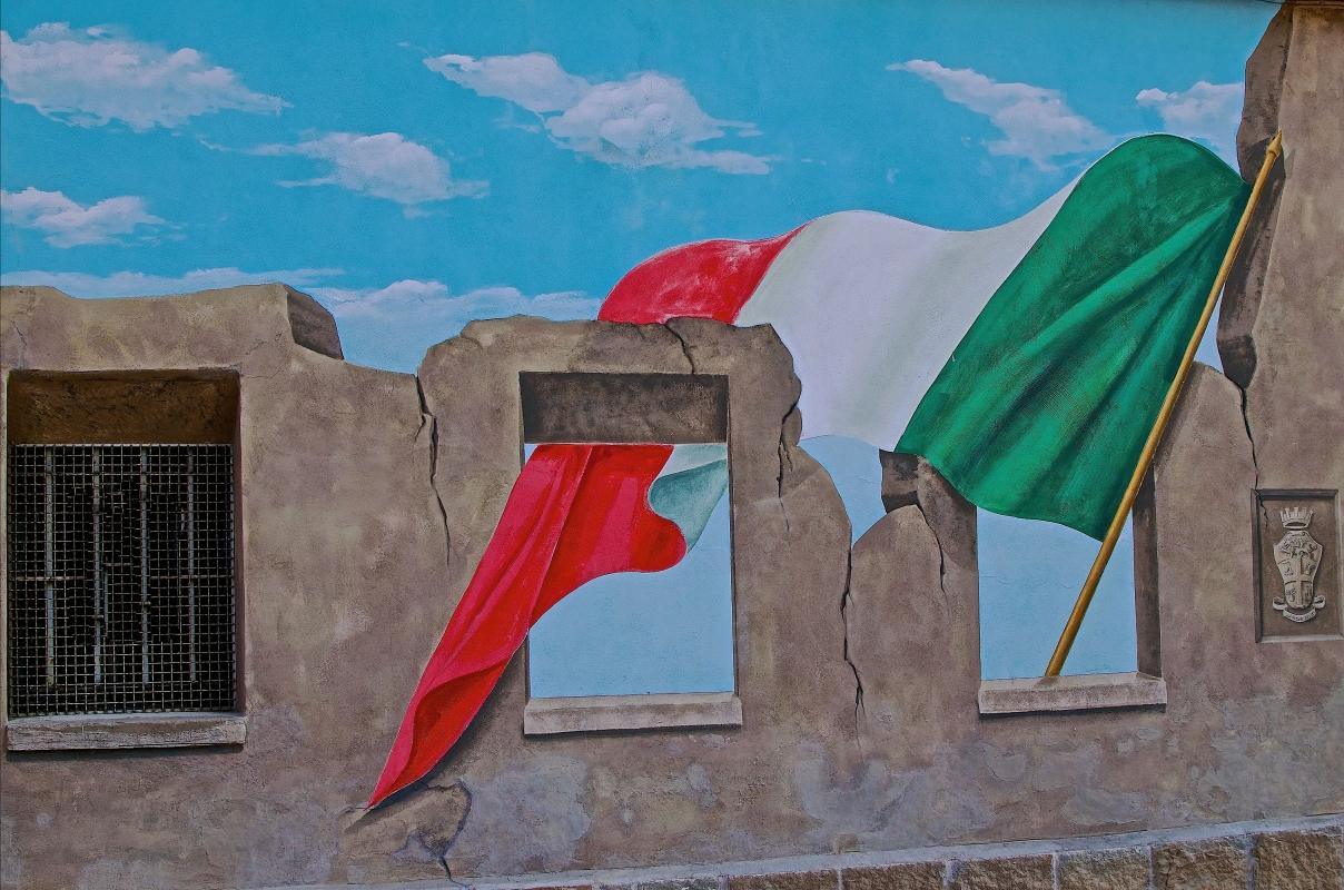 Sventola il tricolore sui muri di Dozza - Caba2011 - Dozza (BO)