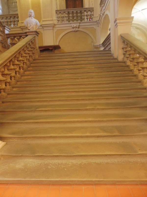 Biblioteca Comunale - dettaglio scalinata - Maurolattuga - Imola (BO)