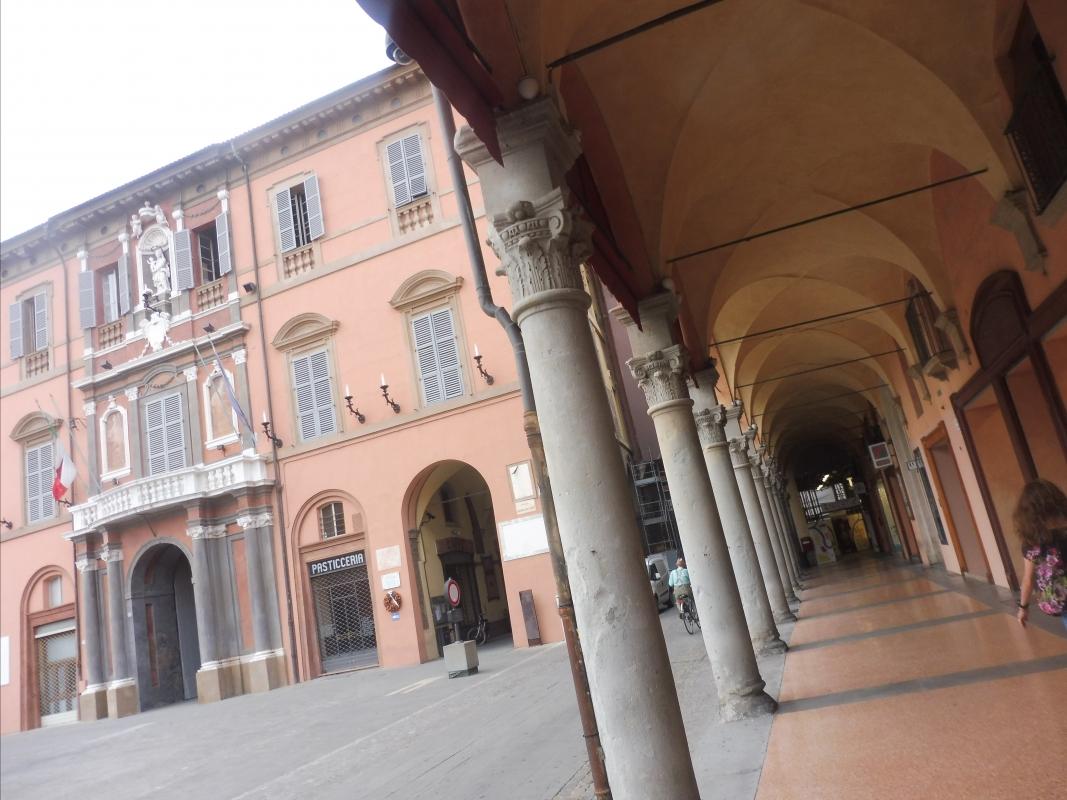 Palazzo Comunale - dettaglio portico - MauroLattuga - Imola (BO)